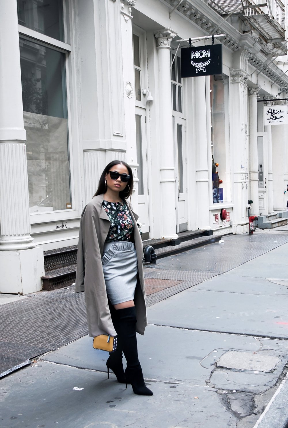 FALL FLORALS THIGH HIGH BLACK BOOTS ZARA H&M AMERICAN APPAREL DUSTER COAT GIVENCHY BLACK SUNGLASSES