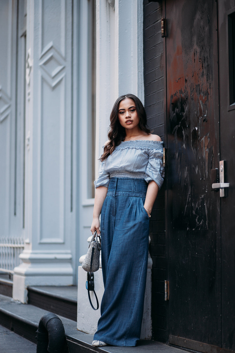 STYLING DENIM WIDE LEG PANTS WITH GABRIELLE UNION PANTS FROM NEW YORK AND COMPANY. OFF OF THE SHOULDER TRIP TOP BY MAX LONDON AND MINI BAG BY ZARA