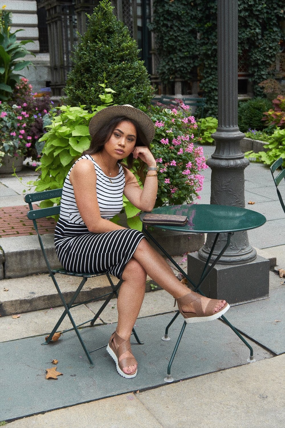 CLASSIC STRIPE DRESS PERFECT FOR SUMMER