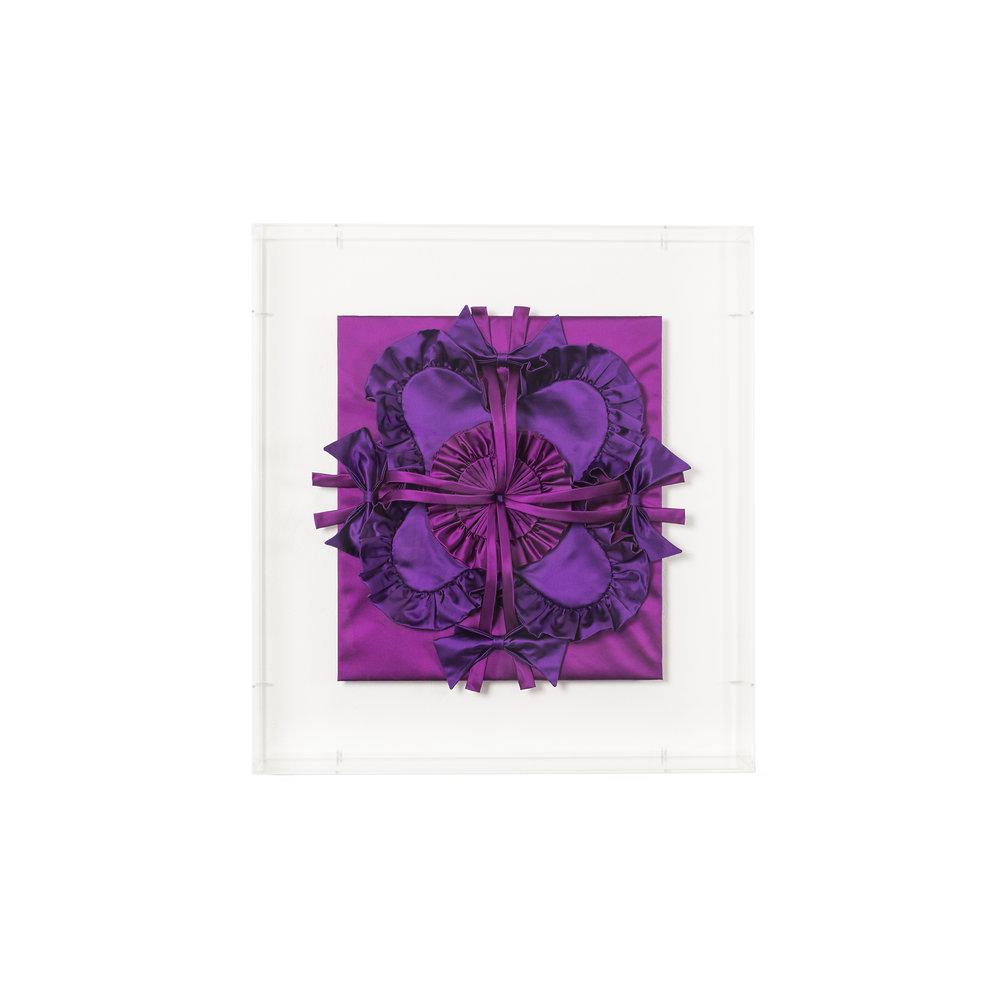 Gabriella Loeb,  quadratura,  silk satin, plexiglass 61 x 66 x 14 cm