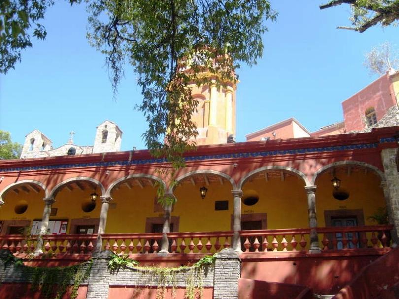 hotel-hacienda-las-flores-01.jpg