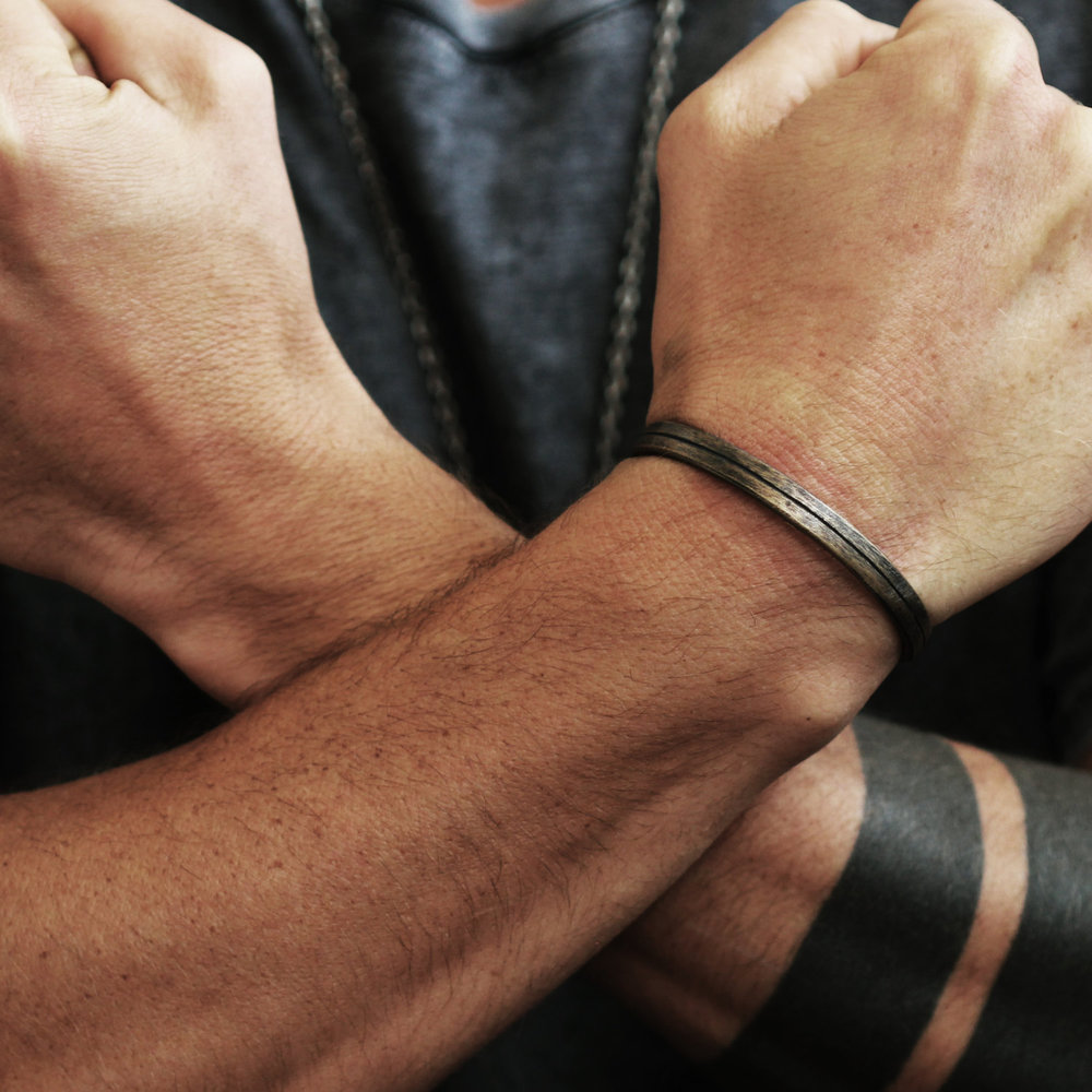 Mens Oxidized Cuff Line Brushed Bangle Bracelet Jewelry $79.00