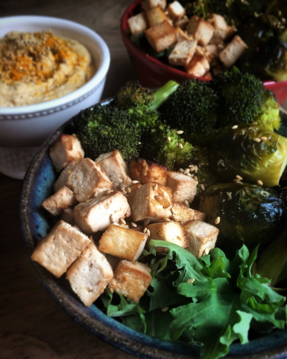 roasted veggie, miso-marinated tofu and peanut sauce bowl || planting my roots