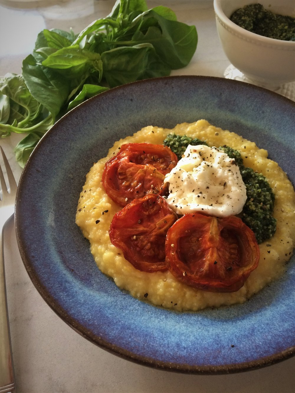 slow roasted tomatoes, burrata, pesto and polenta || planting my roots