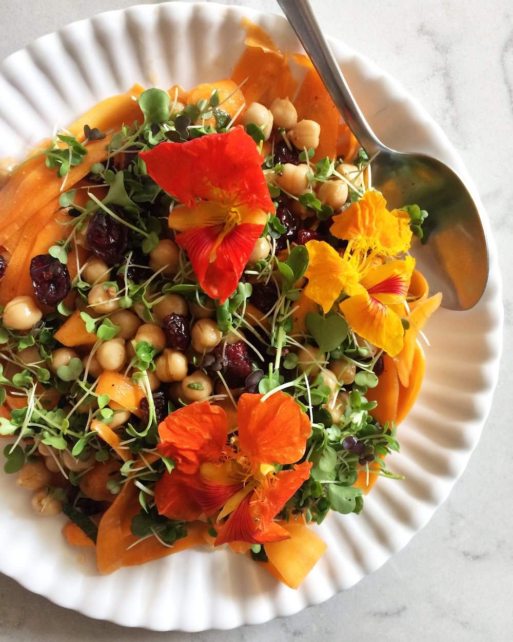 moroccan carrot and chickpea salad recipe || planting my roots