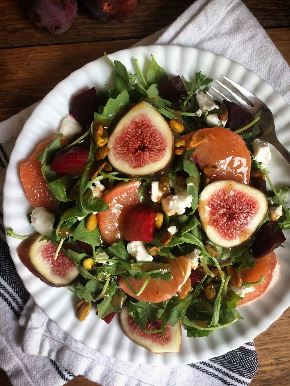 Green with figs, grapefruit and roasted beets || Planting my Roots