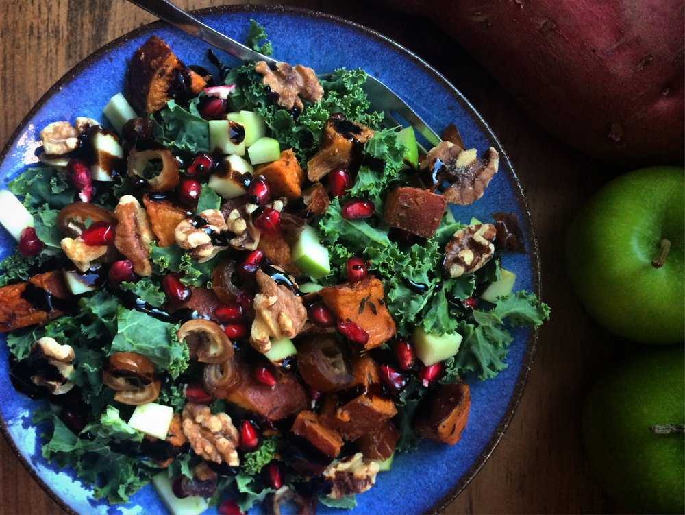 kale salad with beduoin tea-roasted sweet potatoes || planting my roots