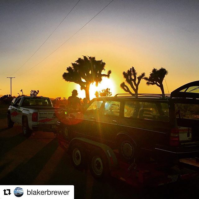 #Repost @blakerbrewer with @repostapp ・・・ The sun sets as we quickly lose light. #sunset #volvo #joshuatree #film #filmmaking #feature #therelationtrip #1stAD #reddragon #desert #desertsunset