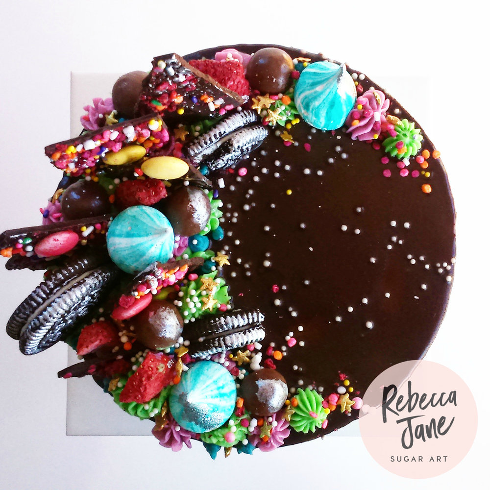 Rebecca Jane Sugar Art - Chocolate drip buttercream cake with crescent design