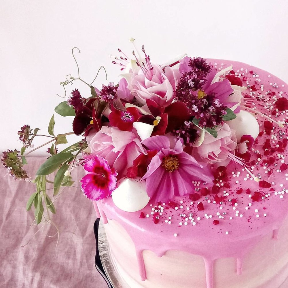 Rebecca Jane Sugar Art - Pink watercolour buttercream floral drip cake
