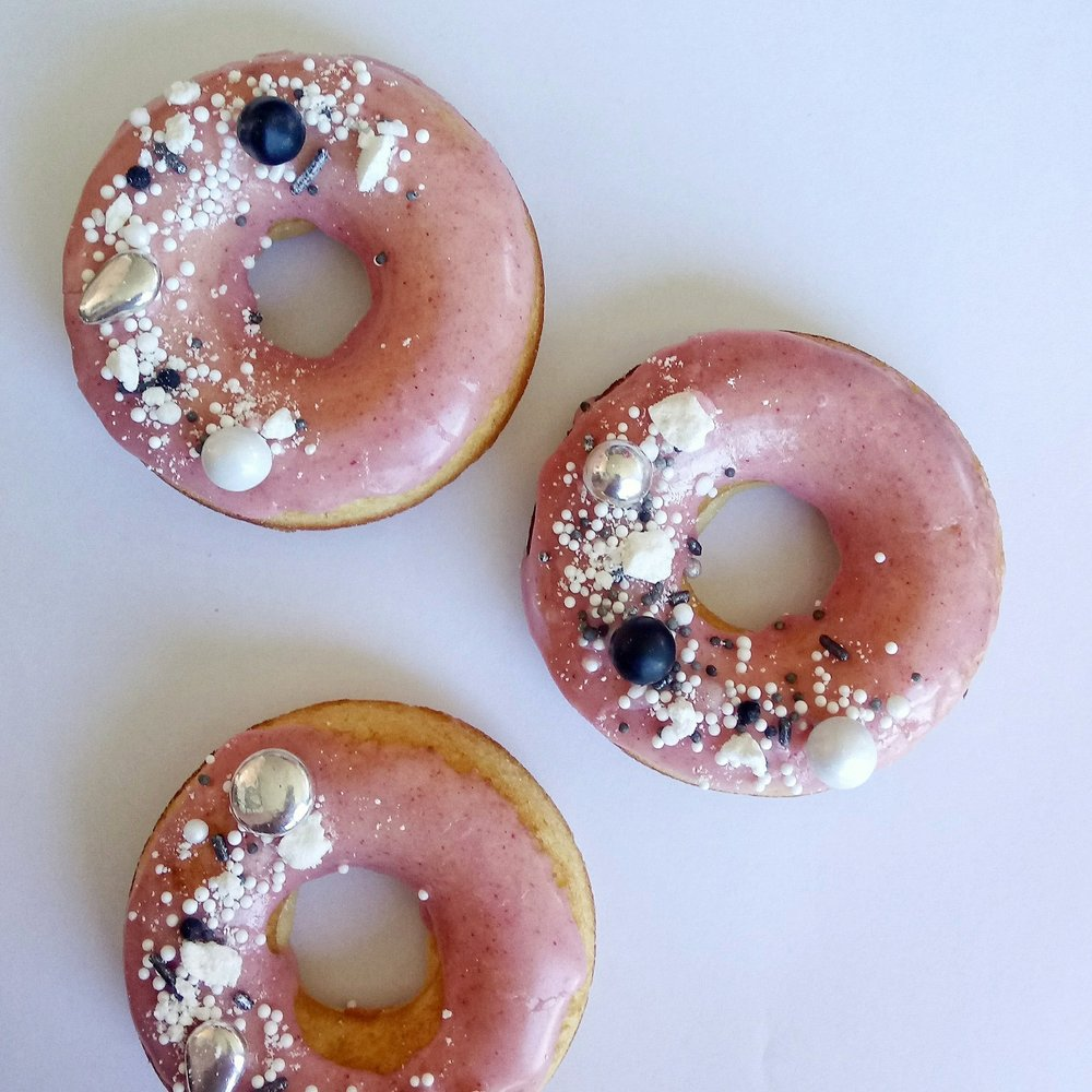 Rebecca Jane Sugar Art - baked donuts pink silver black