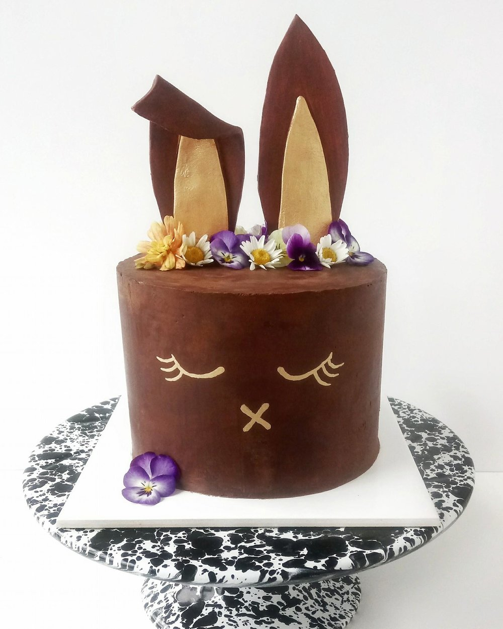 Rebecca Jane Sugar Art - chocolate gold easter bunny cake