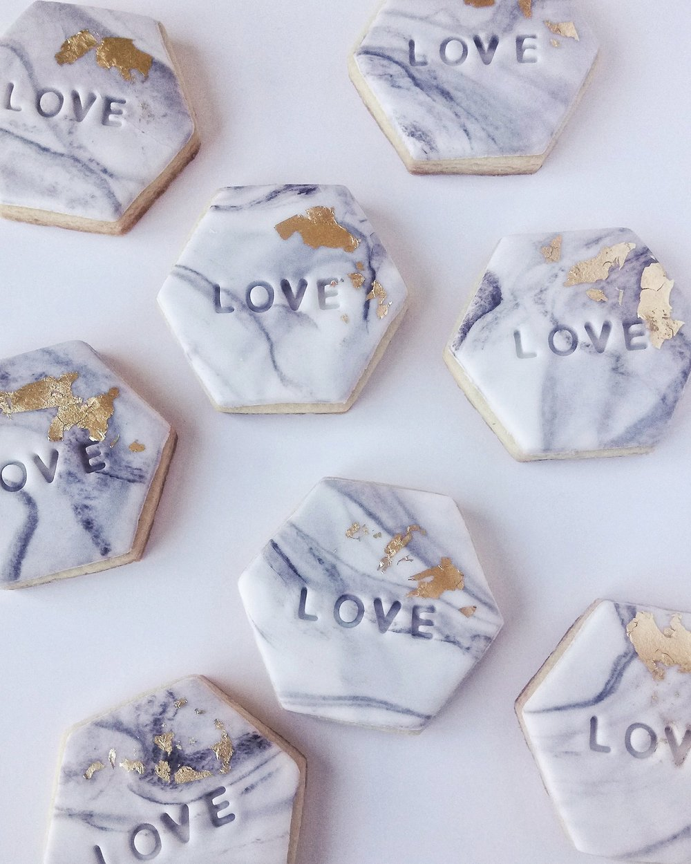 Rebecca Jane Sugar Art - Marble love stamped wedding cookie favours with gold leaf