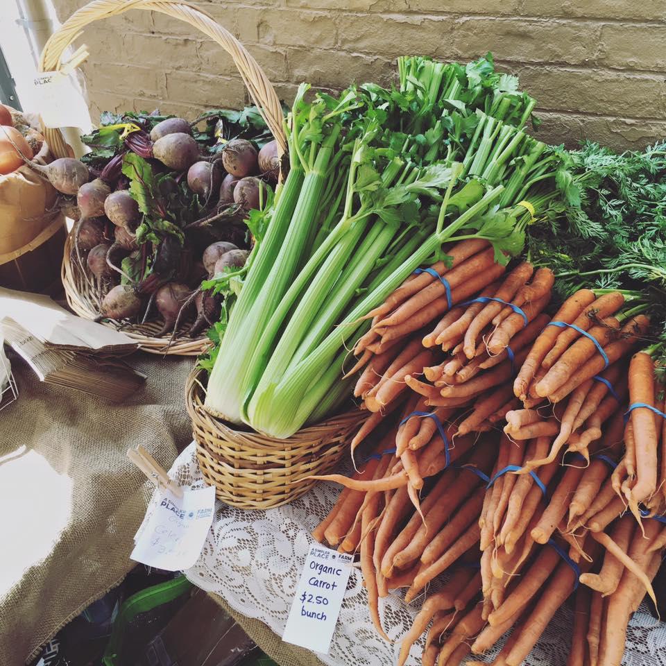 Local & Organic Produce