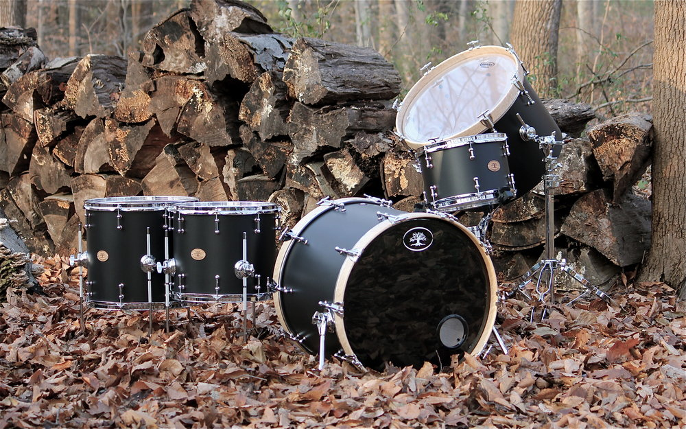 Birch Kit  Onyx Black Finish with Chrome Hardware  22x18, 20x14 Gong, 16x14, 14x12, 12x8  Birdseye Maple Hoops
