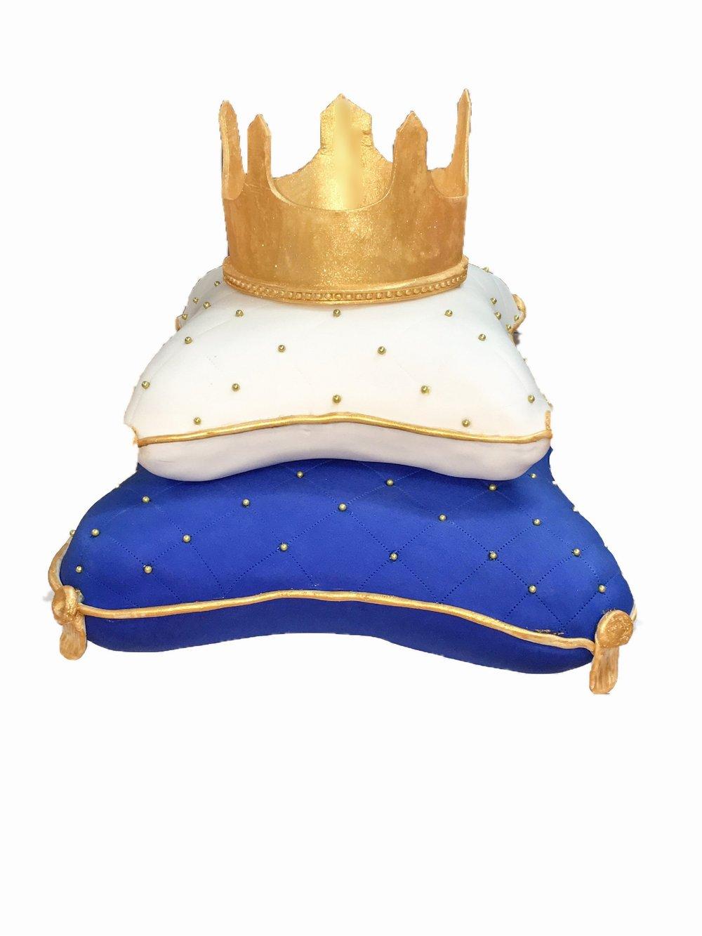 3D Pillow Cake