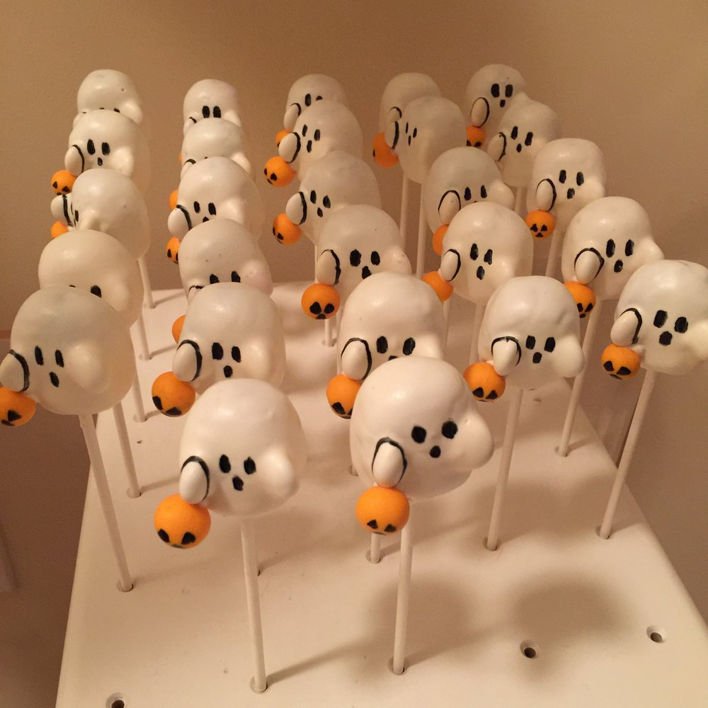Halloween Ghost cake pops