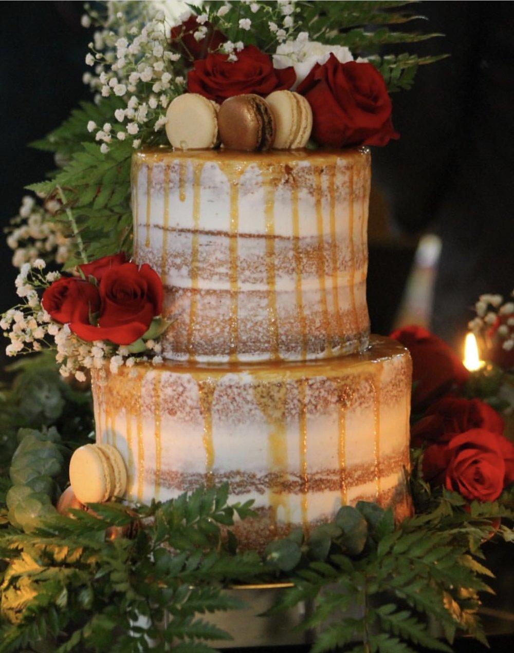 Naked Macaron Cake