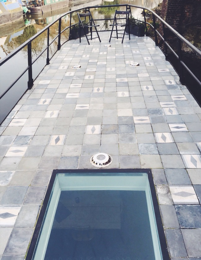House Boat Design Rooftop Tiles.jpg