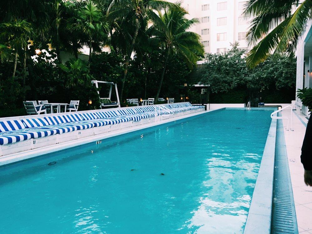 Pool Soho Beach House Miami Sunbeds