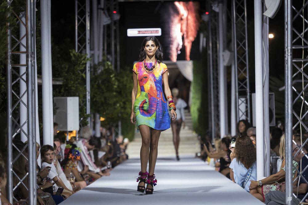 Atzaro Fashion Festival (125).jpg
