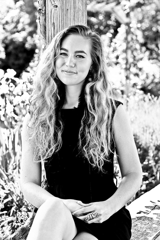 Hoja Nueva founder Samantha Zwicker