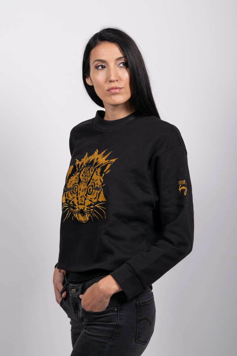 Shop: http://hojanueva.org/product-category/clothing/