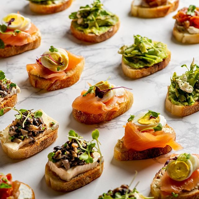 Le District Catering? ✅ Host/hostess with the mostest? ✅ Order now 👉 ledistrictcatering.com