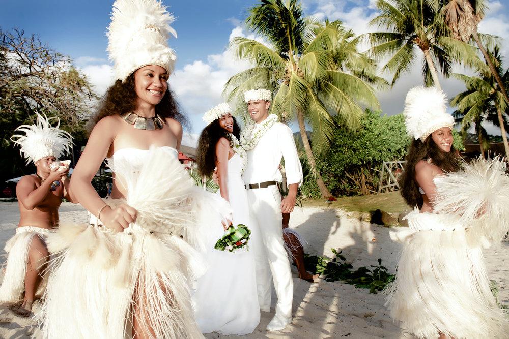 tahitiwedding.jpg