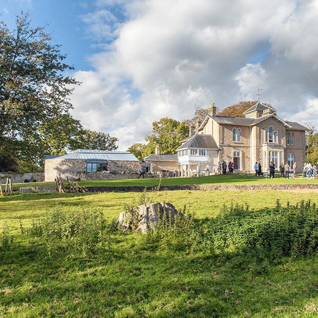 And so it begins! Wedding season is upon us and we can't wait to get the party started 💃🏼 💃🏼 Here are just a few of the venues we will be visiting over the next few weeks! How stunning are these?! Tonight we begin at @sttewdricshouse in Chepstow 😍  Then over the next few weeks we'll be visiting these gorgeous venues.... @notleyabbeyofficial  @discovergellifawr  @exchangehotelcardiff  @fairyhill  @wearemusichq #musichq #weddingband #motown #soul #funk #party #partyband #dancefloorspecialists #bride #groom #2019wedding #weddingvenue