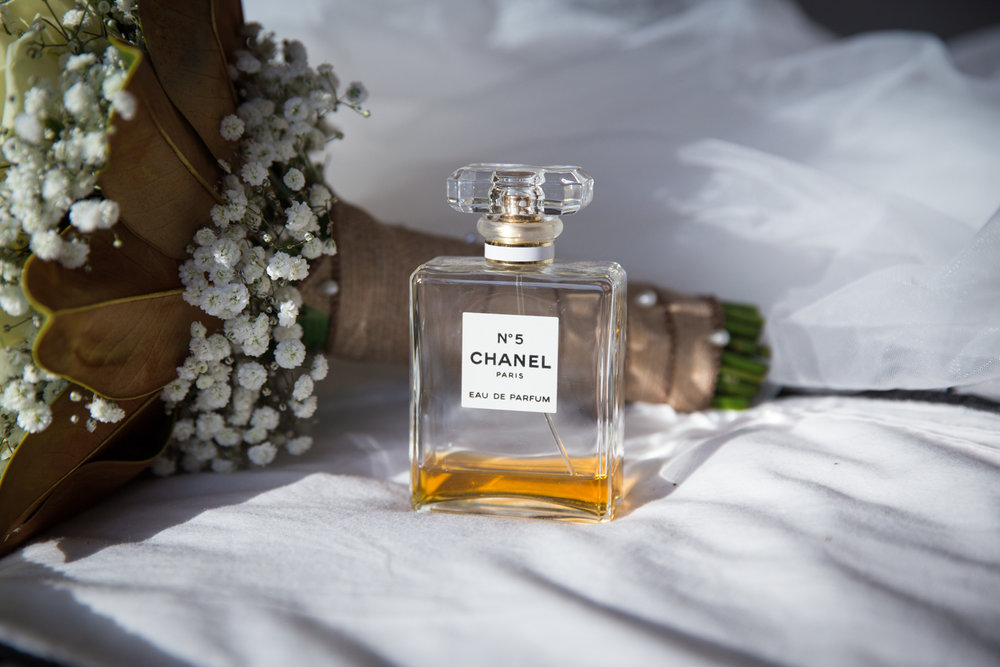 Four Daisies wedding photographer in Melbourne, Yarra Valley, Dandenong Ranges and Mornington Peninsula. Wedding perfume and flower bouquet details.