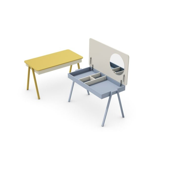 nidi_batistella_secret_childrens_desk_with_lifup_lid_.jpg