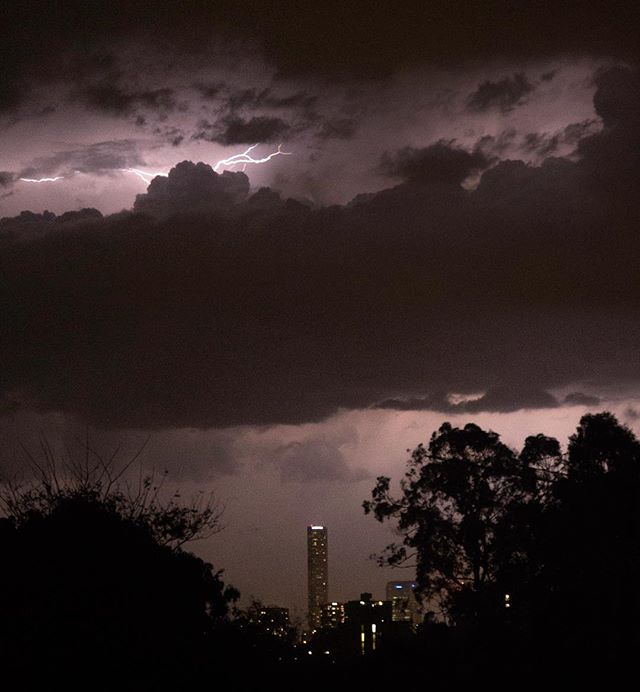 Amazing scenes over the city last night, who doesn't love a proper storm!  Snapped these handheld from our landing... #storm #cityscape #city #brisbane #thunder #lightning #travel #cloud #architecture #landscape #city #queensland #qld #australia #light #night #nightphotography #dark #skyscraper