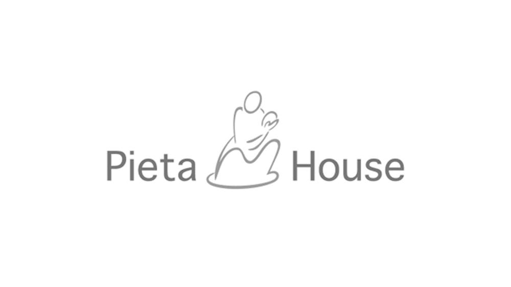 Pieta Holuse