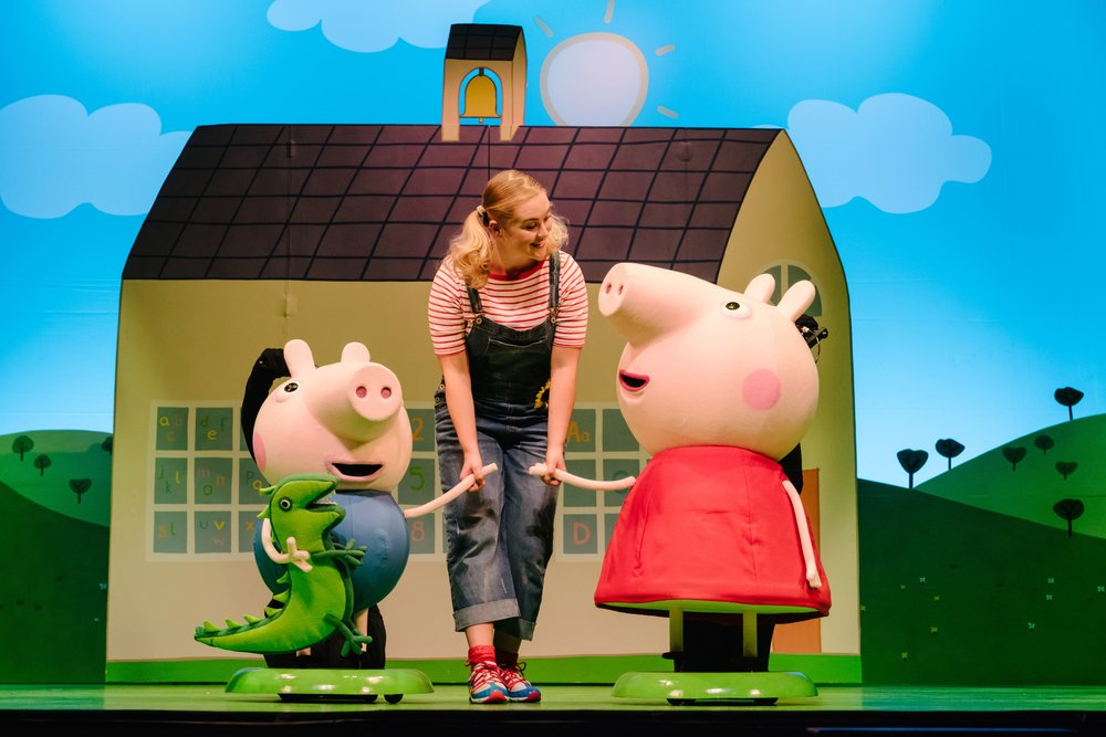 Peppa Pig's Adventure -Geroge Pig, Daisy (Bronte Tadman) and Peppa Pig (c) Dan Tsantilis (1)-min.jpg