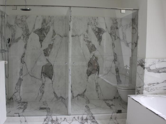 Duschglastüren Beschläge in Edelstahl hochglanzpoliert.JPG