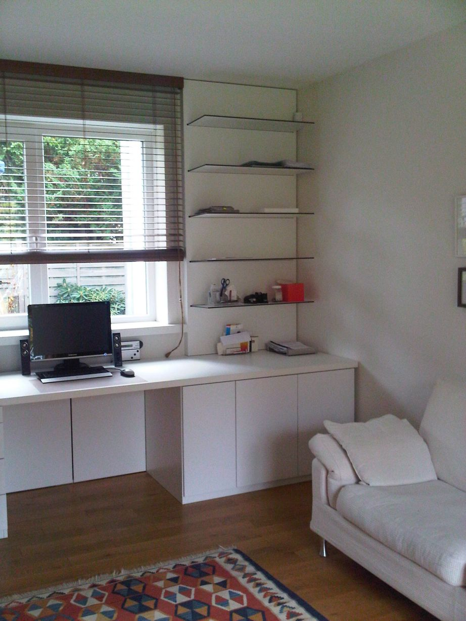 Arbeitszimmer (1).jpg