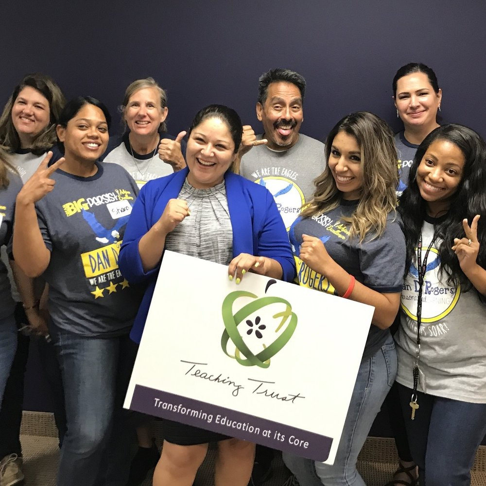 Principal Lisa Lovato (2014 Leadership Teams) and the DISD Dan D. Rogers Elementary team at Teaching Trust's fall Case Consultancy Night