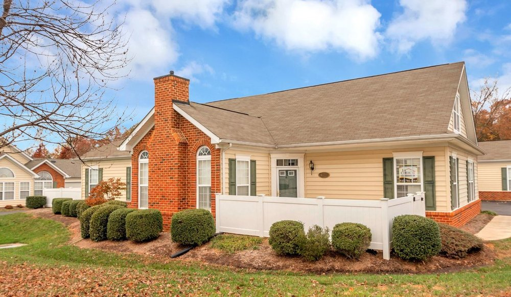 OPEN HOUSE - Friday 1/18 from 11 am - 1 pm