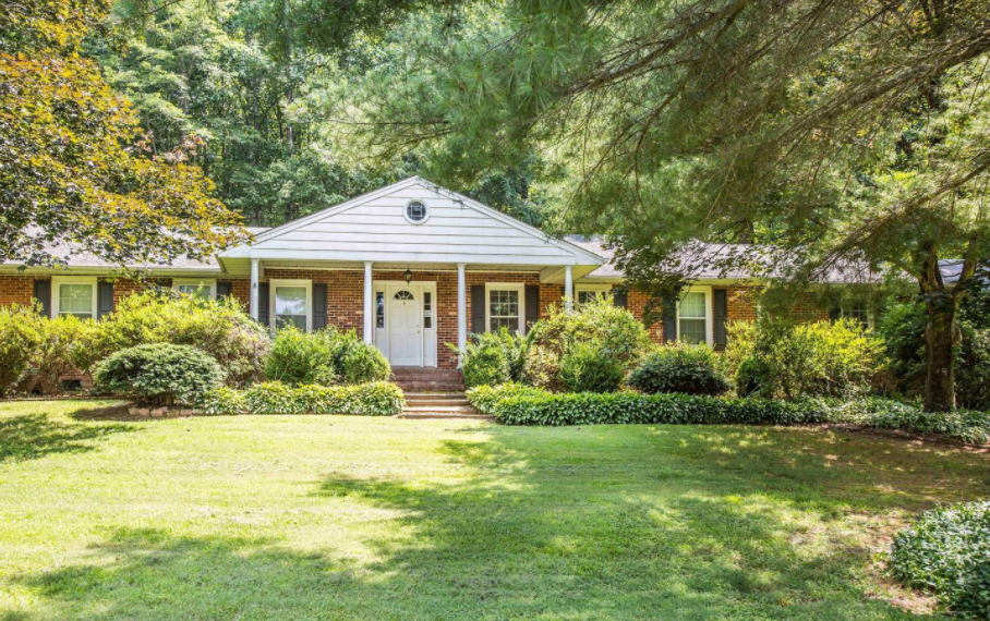 6321 Autumn Leaf Circle, Fredericksburg, VA 22407