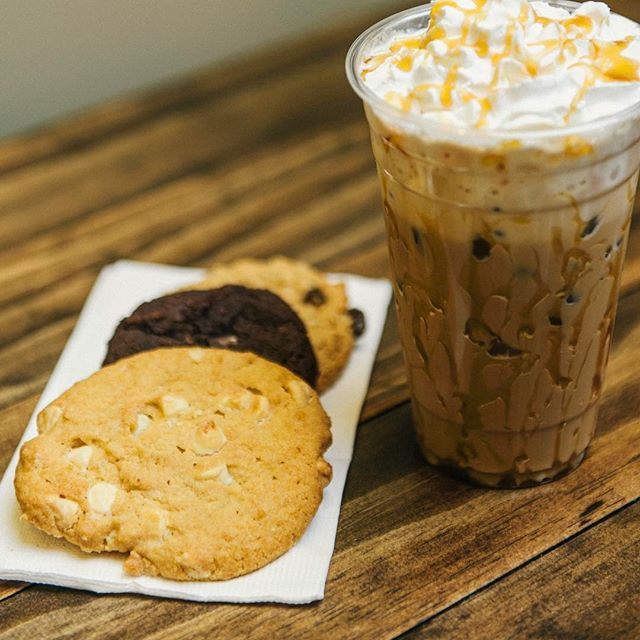 It's the perfect snowy day to have fresh baked cookies with a refreshing iced coffee!  #CrepeFactory #Crepe #Brooklyn #Bayridge #3rdave #NY #NewYork #yum #food #love #breakfast #delicious #sweet #dessert #chocolate #strawberry #omelette #nutella #Caramel