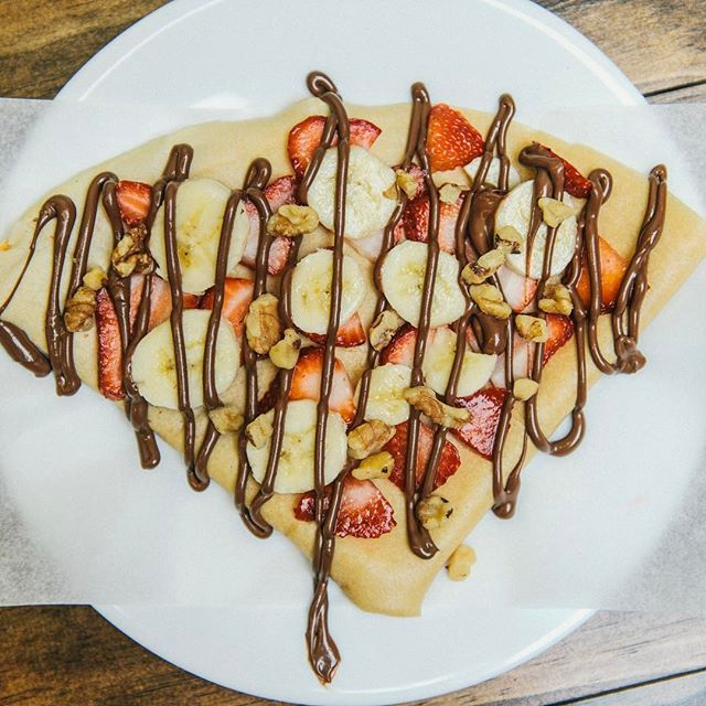 There's no such thing as Monday blues here! Treat yourself to a crepe at @crepefactorybk!
