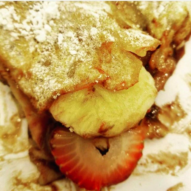 Strawberry and banana crepes are making our day!