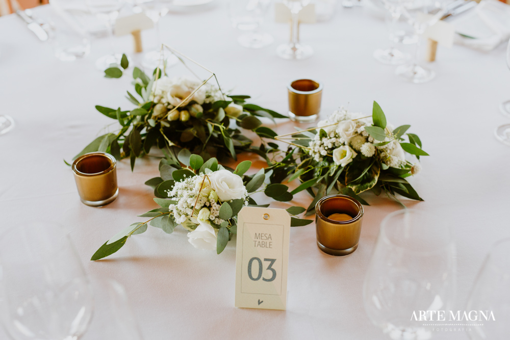 maude_tiago_makemyday_memoriescraftedwithlove_destinationwedding-portugal-wedding-casamento-convite-design-decor-floral-styling-weddingfilm-filmedecasamento (37).jpg
