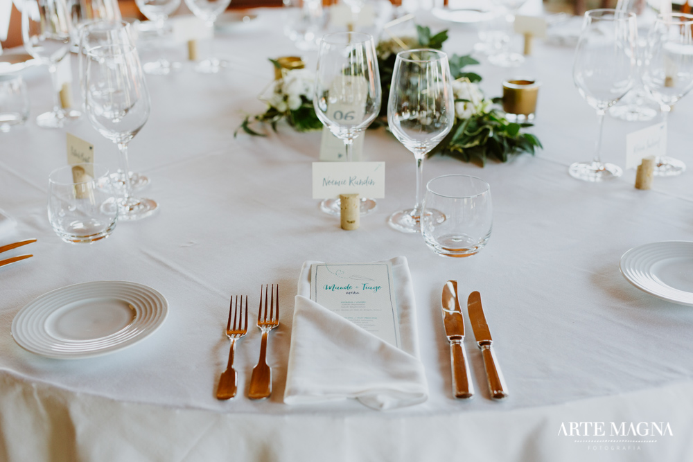 maude_tiago_makemyday_memoriescraftedwithlove_destinationwedding-portugal-wedding-casamento-convite-design-decor-floral-styling-weddingfilm-filmedecasamento (38).jpg