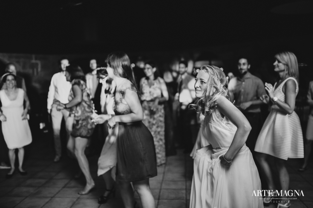 maude_tiago_makemyday_memoriescraftedwithlove_destinationwedding-portugal-wedding-casamento-convite-design-decor-floral-styling-weddingfilm-filmedecasamento (55).jpg