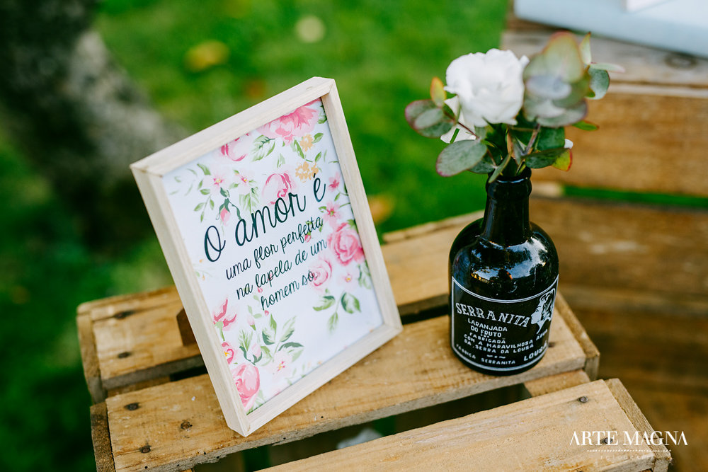 marta_leandro_makemyday_memoriescraftedwithlove_destinationwedding-portugal-wedding-casamento-convite-design-decor-floral-styling-weddingfilm-filmedecasamento (37).jpg
