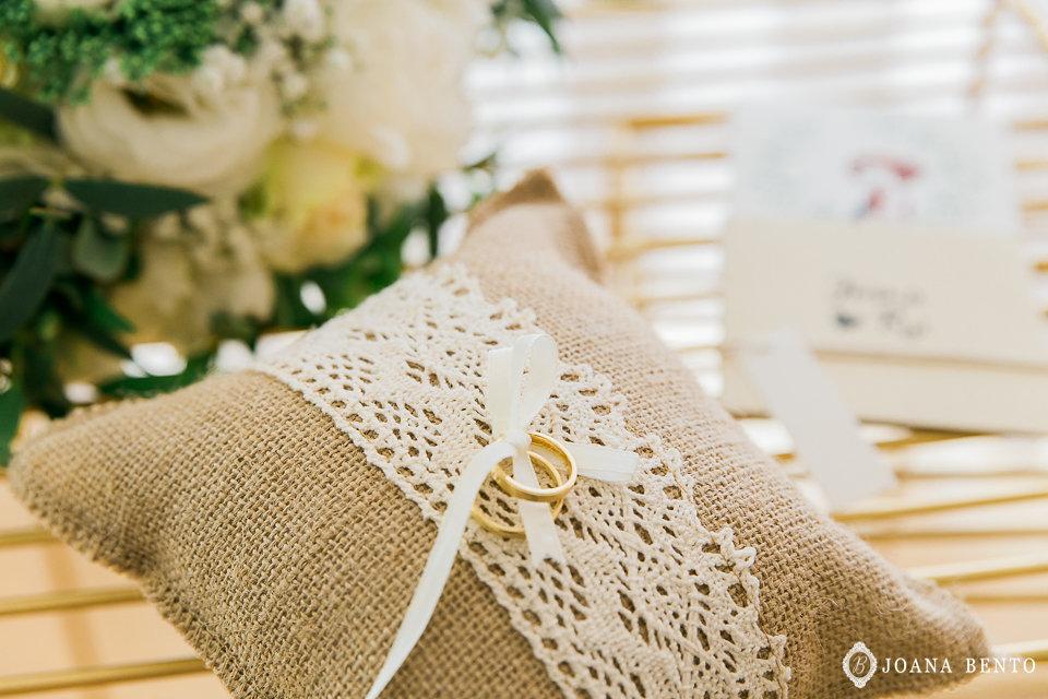 joana_rui_makemyday_memoriescraftedwithlove_destinationwedding-portugal-wedding-casamento-convite-design-decor-floral-styling-weddingfilm-filmedecasamento (15).jpg