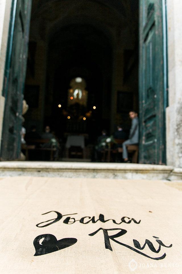 joana_rui_makemyday_memoriescraftedwithlove_destinationwedding-portugal-wedding-casamento-convite-design-decor-floral-styling-weddingfilm-filmedecasamento (20).jpg