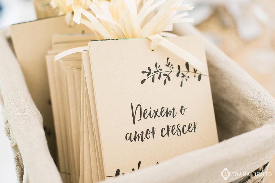 joana_rui_makemyday_memoriescraftedwithlove_destinationwedding-portugal-wedding-casamento-convite-design-decor-floral-styling-weddingfilm-filmedecasamento (46).jpg